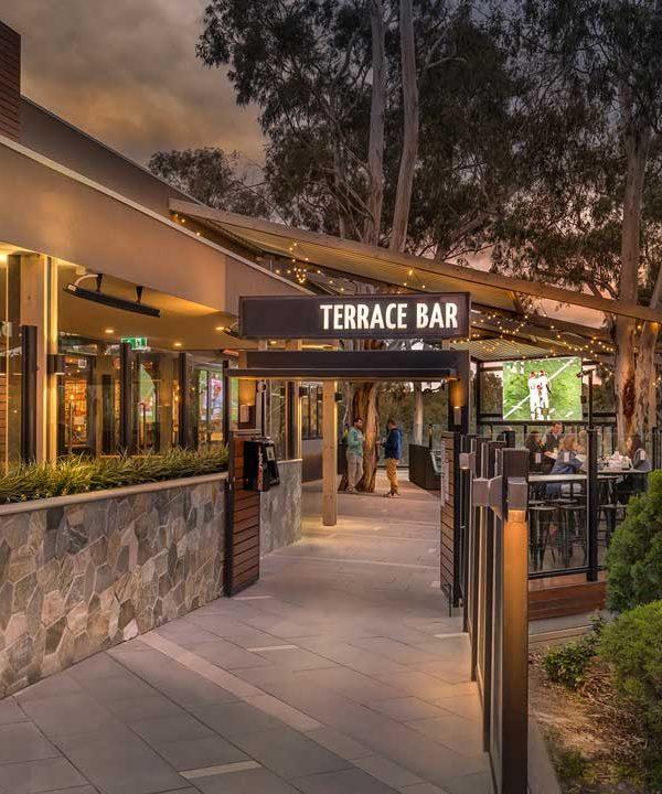 lower_plenty_hotel_terrace_bar_entrance_web_2