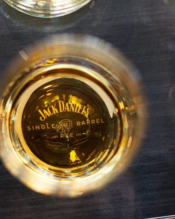 whiskey_night-49-2